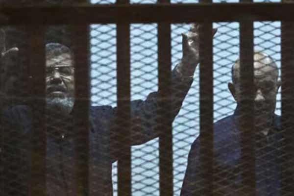 محمد مرسی فوت کرد