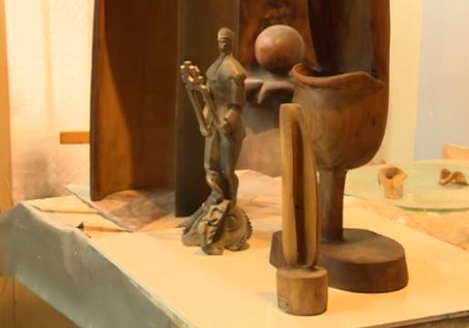 درخشش آثار هنری یک مجسمه ساز در موزه و خیابان ها