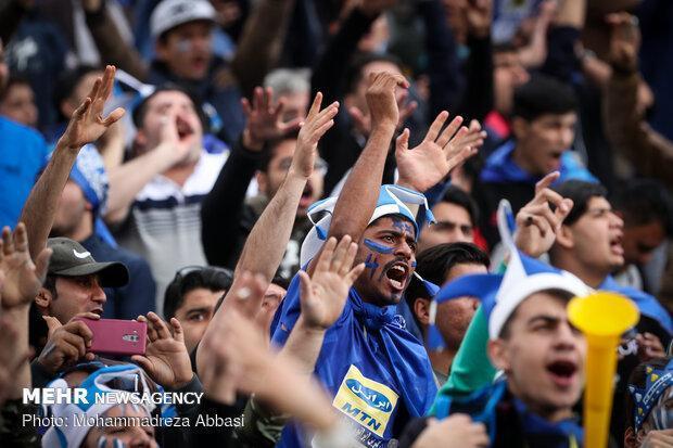 درگیری شدید طرفداران و شعار علیه استراماچونی و فتحی