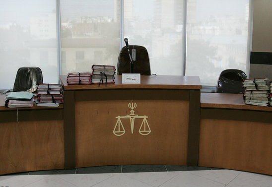 تبعات غیبت خواهان و خوانده در دادگاه چیست؟