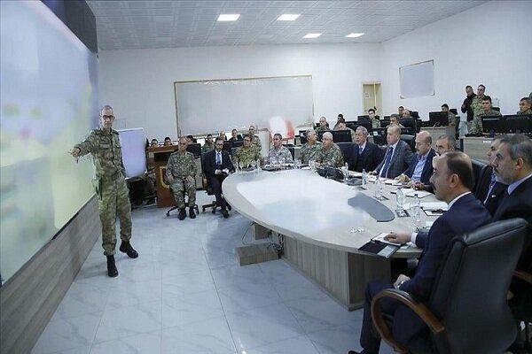 بازدید اردوغان از مرکز فرماندهی عملیات موسوم به چشمه صلح