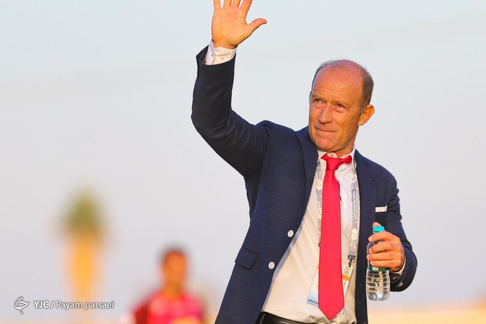 کالدرون: هنوز لیست خروجی به باشگاه نداده ام، آدمی نیستم که یک روز قبل از بازی تیم را رها کنم، اما بلیت آرژانتین را رزرو نموده ام