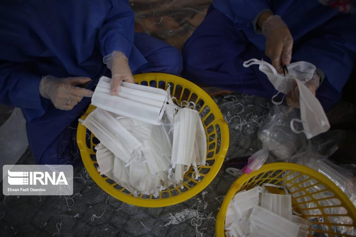خبرنگاران روزانه بیش از هزار عدد ماسک در زابل تولید می شود