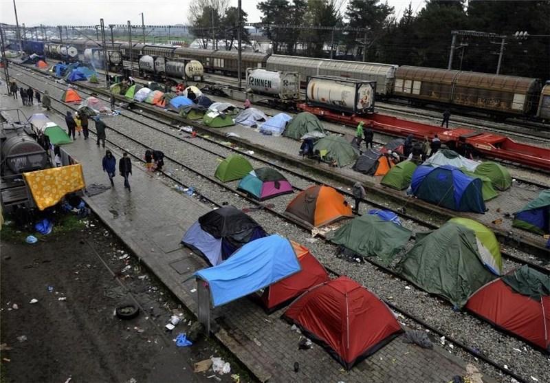 اولین کشتی حامل مهاجران از یونان به ترکیه حرکت کرد