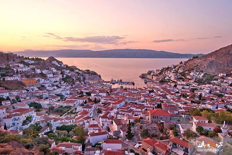جزیره هیدرا با معماری و سواحل بی نظیر در یونان