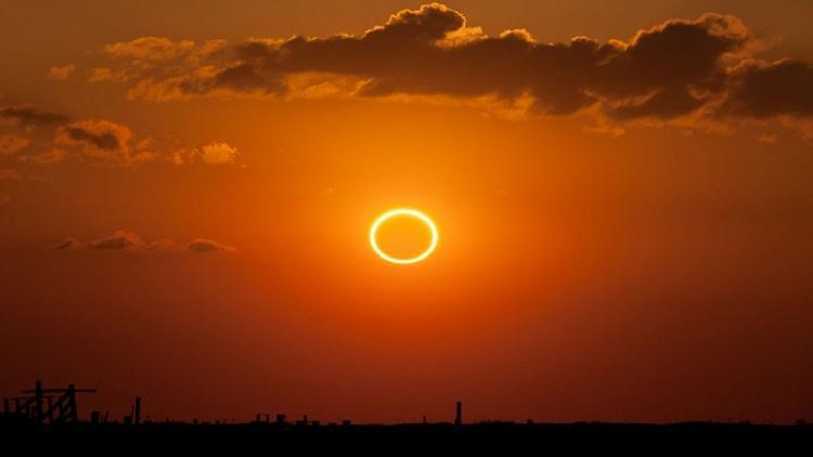 هر آنچه باید درباره خورشید گرفتگی حلقوی بدانید