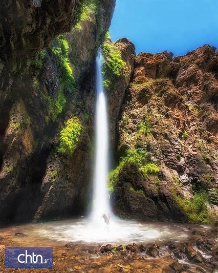 بازدید استاندار اردبیل از آبشار کرکری مشگین شهر