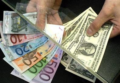 تأثیر بسته حمایت اقتصادی بر ارزش دلار و یورو