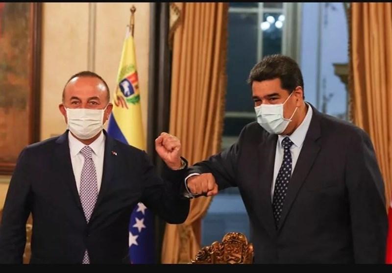 سفر وزیر خارجه ترکیه به ونزوئلا و امضای چند تفاهمنامه