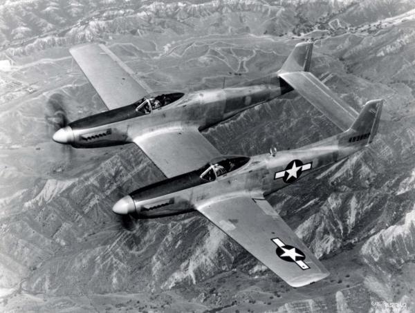 نیم نگاهی به هواپیمای نورث امریکن P-82 توین ماستنگ