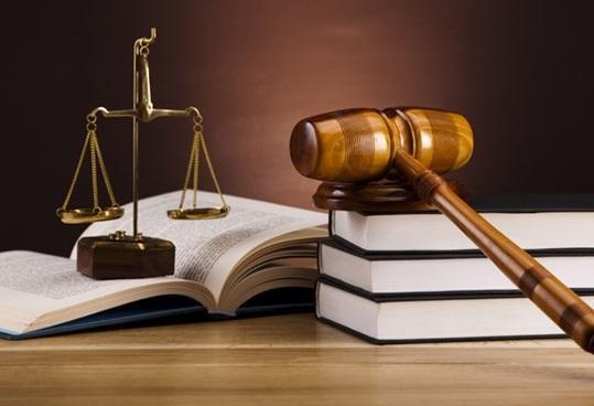 دادستانی کل کشور به اعلام جرم علیه کانون وکلا ملزم شد