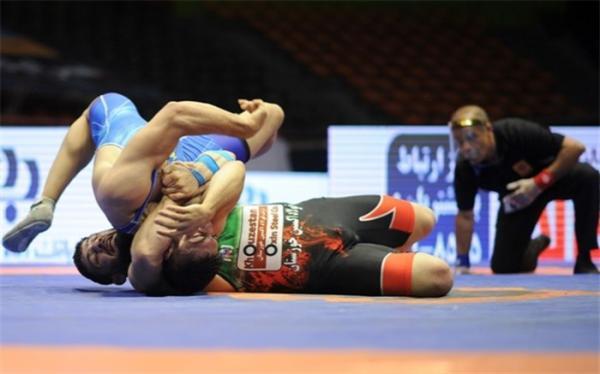 کشتی فرنگی قهرمانی آسیا؛ سنگین وزن ایران فینالیست شد