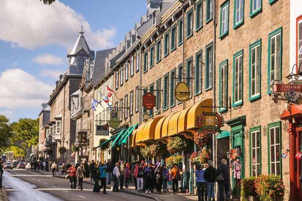 تور کانادا: چرا حتما باید از کبک در سفر به کانادا دیدن کنید؟