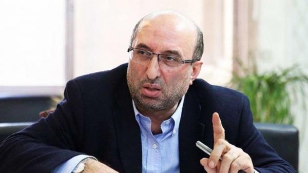 عباسی معروفان: نهاده های دامی موجود در بنادر برای تامین احتیاج 3 ماهه کافی است