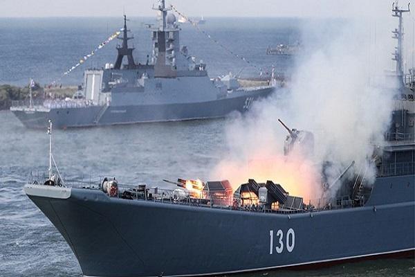 رزمایش دریایی ایران، روسیه و چین در خلیج فارس
