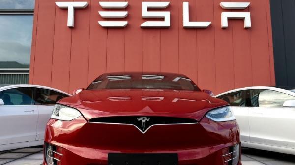 توییت های جنجالی و ادامه دار ایلان ماسک؛ اجرای فناوری خودروی خودران به زمان نیاز دارد