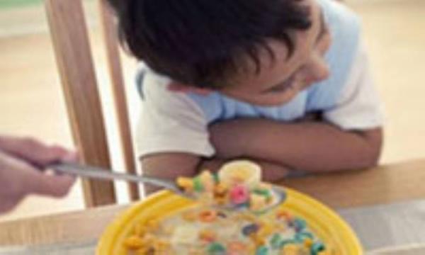 علل و روشهای مقابله با بدغذایی کودک نوپا
